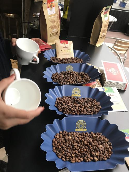 20180404_coffee_cupping01.jpg